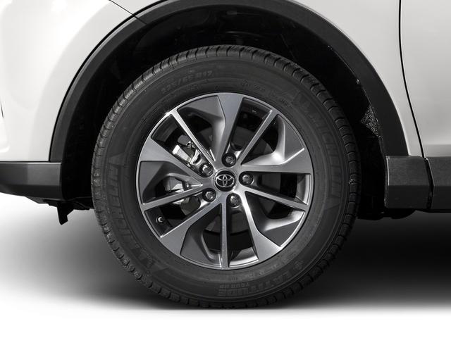 2016 Toyota RAV4 Hybrid AWD 4dr XLE - 18587658 - 9