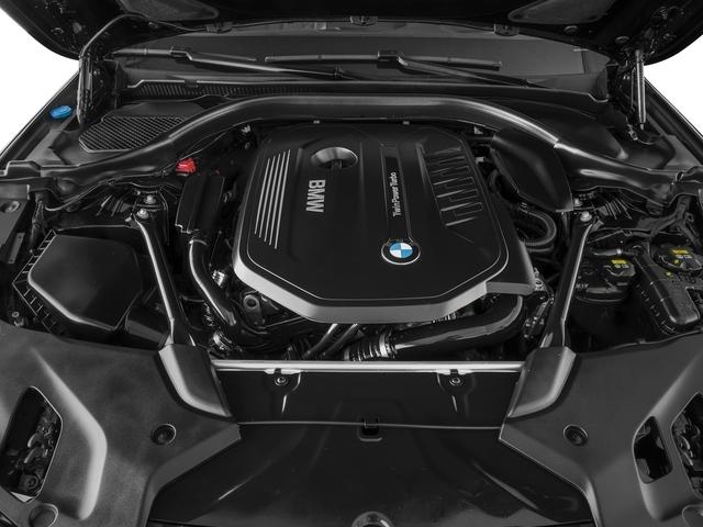 2017 BMW 5 Series 540i xDrive - 16625453 - 11