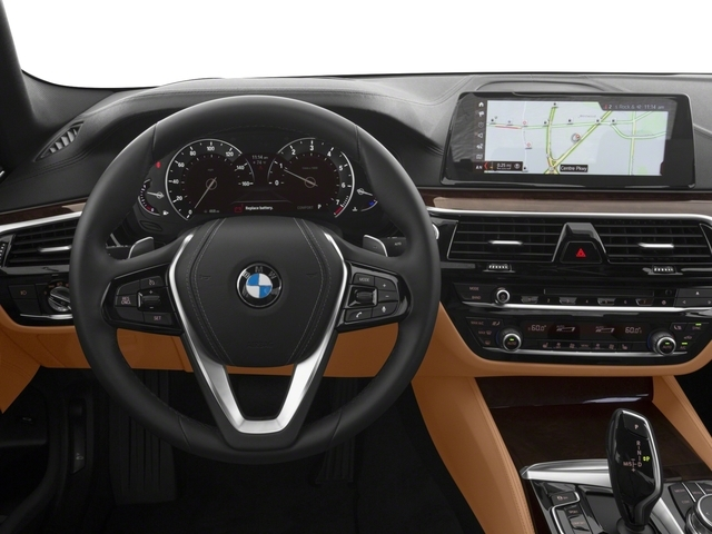 2017 BMW 5 Series 540i xDrive - 16625453 - 5