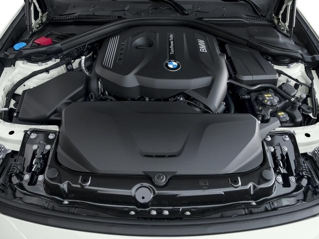 2017 BMW 3 Series 330i xDrive Gran Turismo - 16693250 - 11