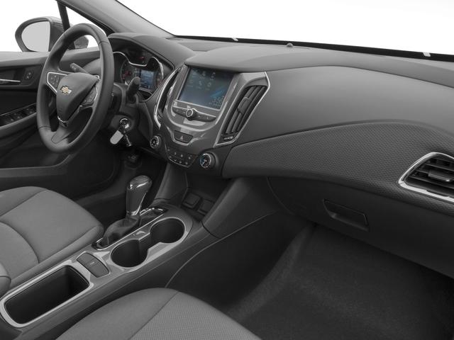 2017 Chevrolet Cruze Sedan LT - 16593941 - 13