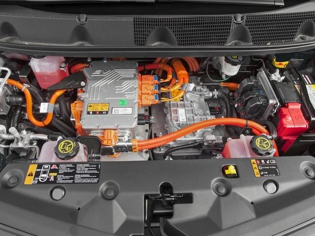 2017 Chevrolet Bolt EV Hatchback Premier - 16390361 - 11