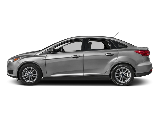 2017 Ford Focus SE Sedan - 16481720 - 0