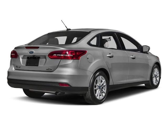 2017 Ford Focus SEL Sedan - 17127159 - 2