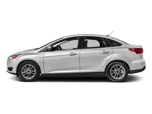 2017 Ford Focus SE Sedan - 16728510 - 0