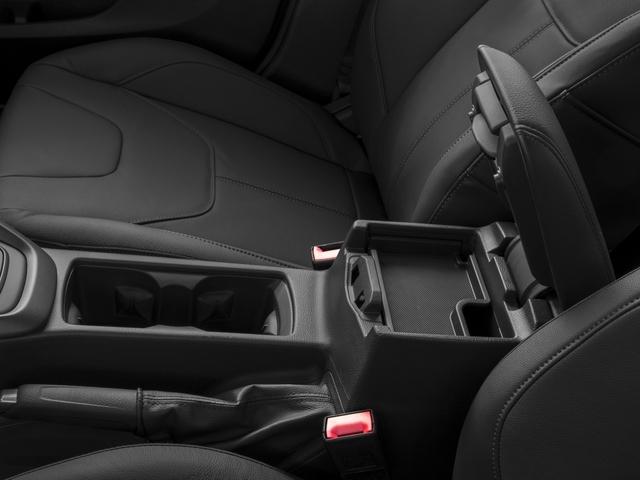 2017 Ford Focus SE Hatch - 16710040 - 13
