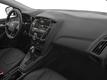 2017 Ford Focus SE Hatch - 16710040 - 14