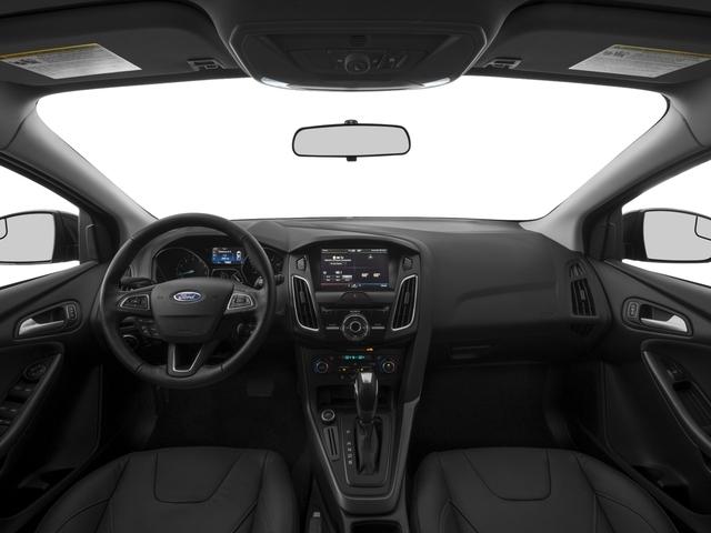 2017 Ford Focus SE Hatch - 16710040 - 6