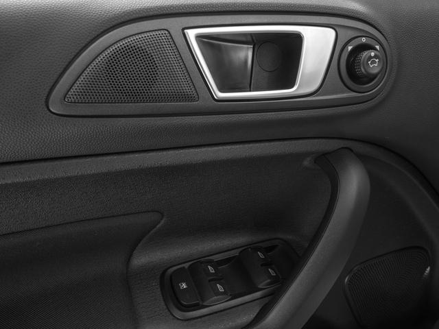 2017 Ford Fiesta SE Sedan - 17084923 - 17