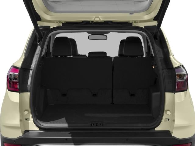 2017 Ford Escape Titanium 4WD - 16739071 - 10