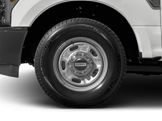 2017 Ford Super Duty F-350 SRW XL 4WD SuperCab 6.75' Box - 16360350 - 9