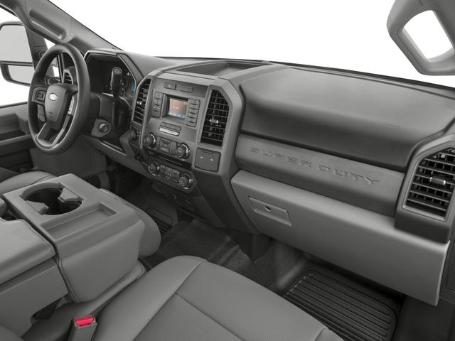 2017 Ford Super Duty F-350 SRW XL 4WD Crew Cab 8' Box - 16271762 - 14