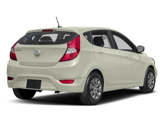 2017 Hyundai Accent SE - 18584623 - 2