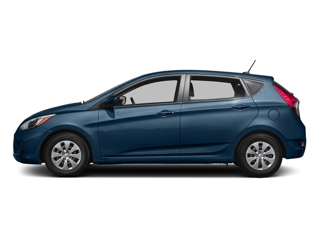 2017 Hyundai Accent SE Hatchback Automatic - 18719186 - 0