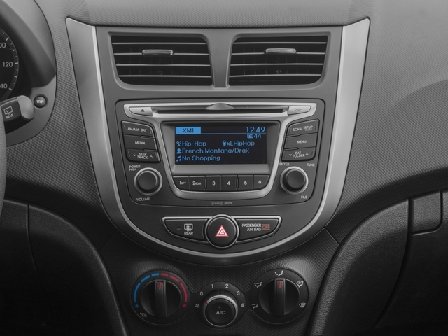 2017 Hyundai Accent SE - 18584614 - 8