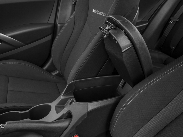 2017 Hyundai Veloster Coupe - 18492863 - 13