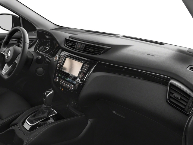 2017 Nissan Rogue Sport AWD SL - 17111802 - 14