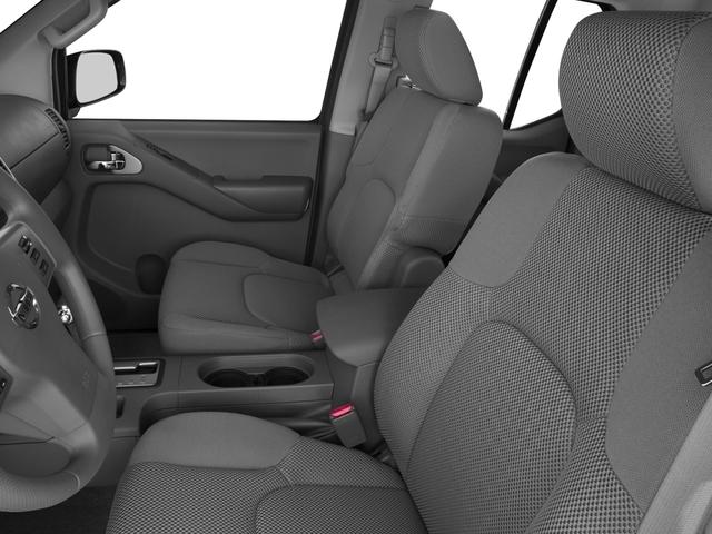2017 Nissan Frontier Crew Cab 4x4 SV V6 Manual - 17111804 - 7