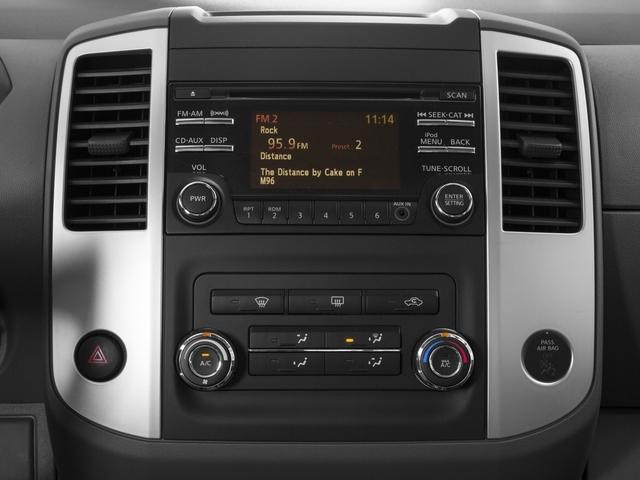 2017 Nissan Frontier Crew Cab 4x4 SV V6 Manual - 17111804 - 8