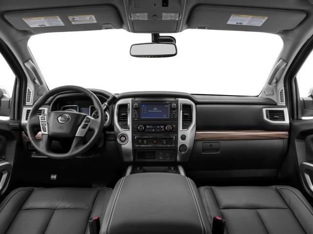 2017 Nissan Titan 4x4 Crew Cab SL - 17111735 - 6