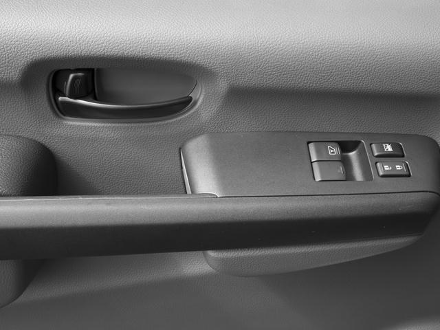2017 Nissan NV Passenger V6 SV - 17111765 - 17