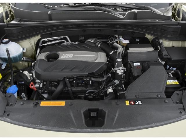 2017 Porsche Cayenne Turbo S AWD - 18467133 - 11