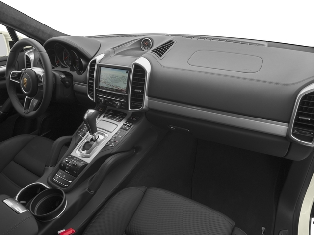 2017 Porsche Cayenne Turbo S AWD - 18467133 - 14