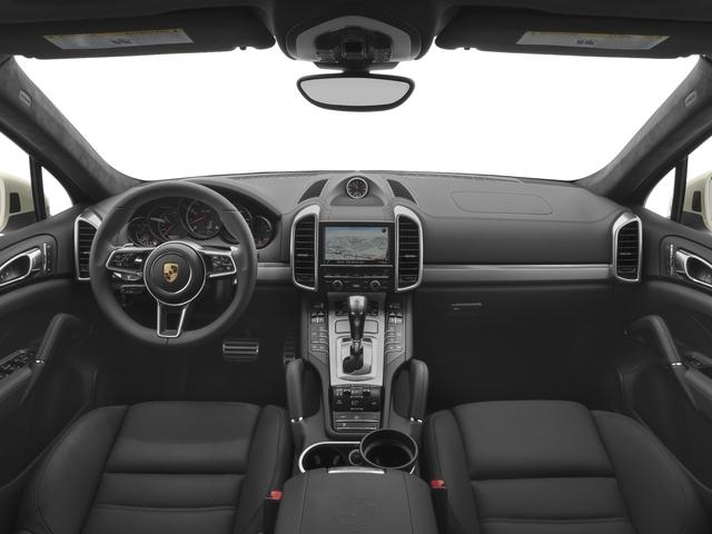 2017 Porsche Cayenne Turbo S AWD - 18467133 - 6