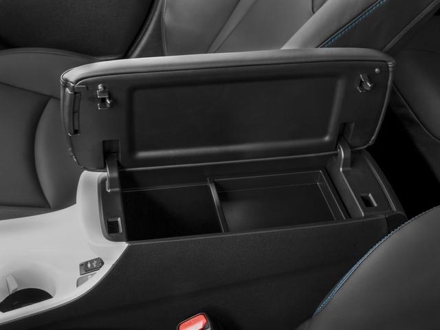 2017 Toyota Prius Four Touring - 17127457 - 13