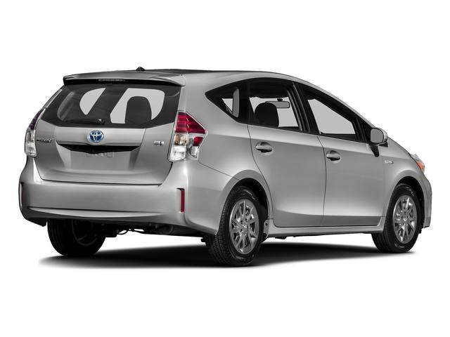 2017 Toyota Prius v Two - 17026654 - 2