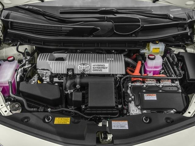 2017 Toyota Prius v Two - 17026654 - 11