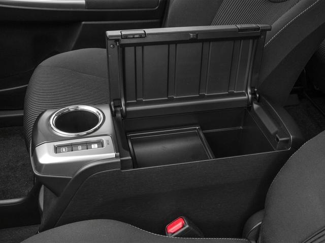 2017 Toyota Prius v Two - 17026654 - 13