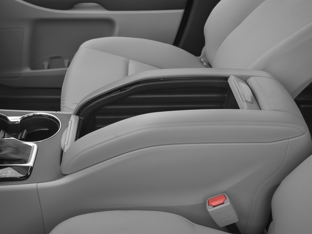 2017 Toyota Highlander LE Plus V6 AWD - 17037883 - 12