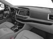 2017 Toyota Highlander LE Plus V6 AWD - 17037883 - 13