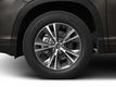 2017 Toyota Highlander LE Plus V6 AWD - 17037883 - 8