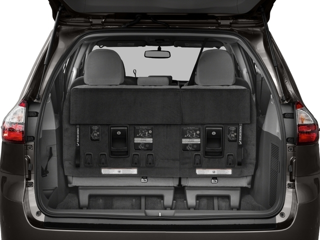 2017 Toyota Sienna LE FWD 8-Passenger - 17104986 - 10