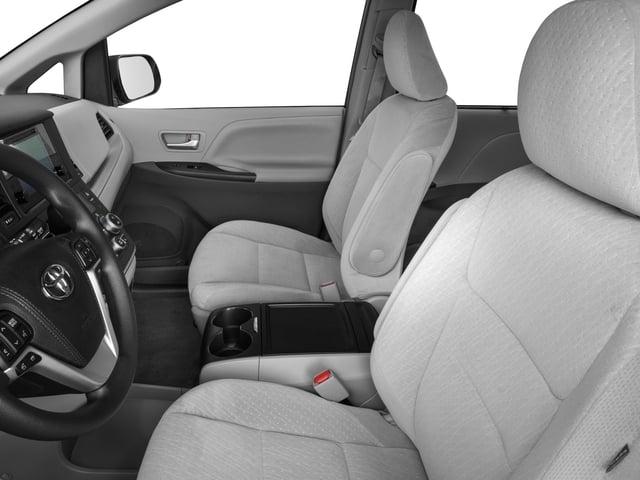 2017 Toyota Sienna LE AWD 7-Passenger - 17047181 - 7