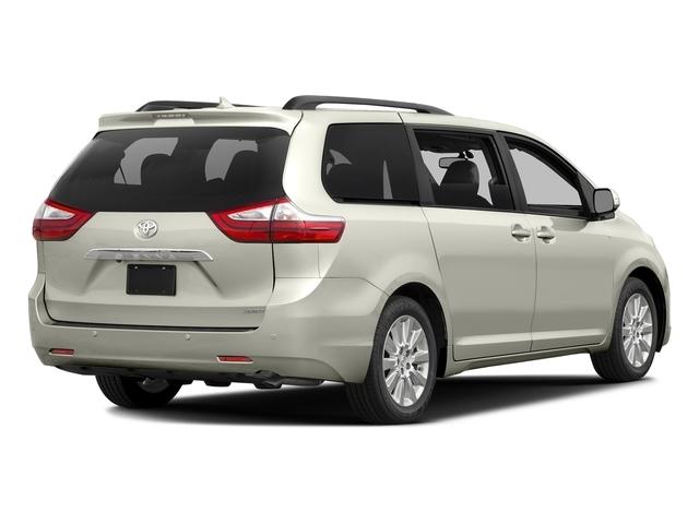 2017 Toyota Sienna XLE FWD 8-Passenger - 16618861 - 2