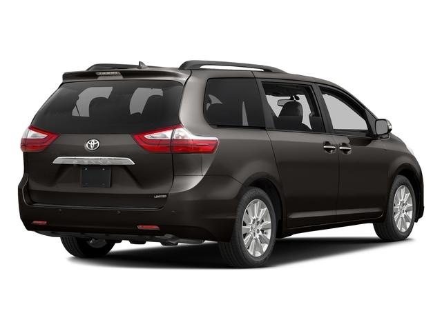 2017 Toyota Sienna XLE FWD 8-Passenger - 16569964 - 2