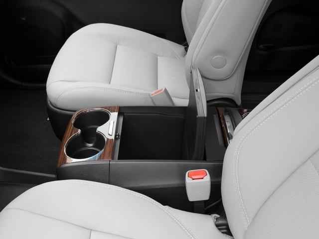 2017 Toyota Sienna XLE FWD 8-Passenger - 16618861 - 13