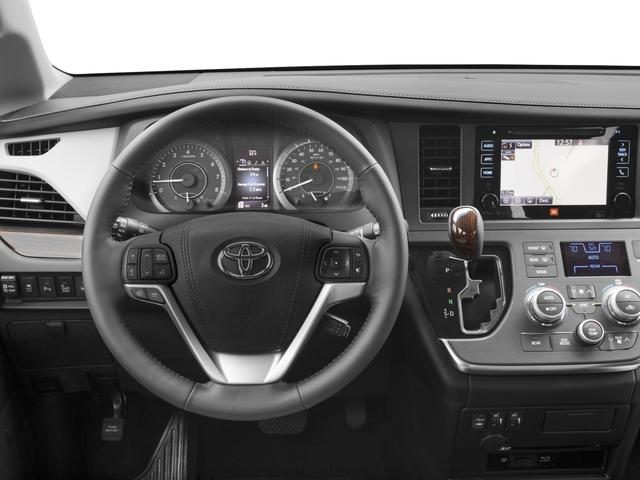 2017 Toyota Sienna XLE FWD 8-Passenger - 16618861 - 5