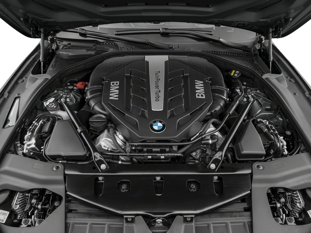 2018 BMW 6 Series 650i xDrive - 17394275 - 11