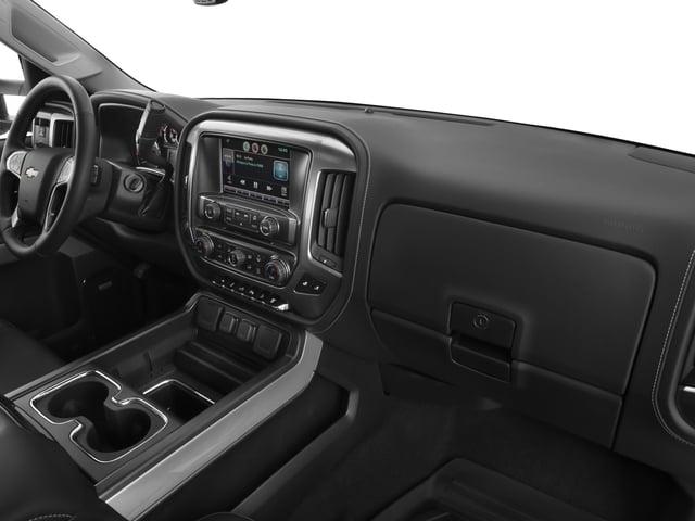 """2018 Chevrolet Silverado 2500HD 4WD Crew Cab 153.7"""" High Country - 17208526 - 16"""