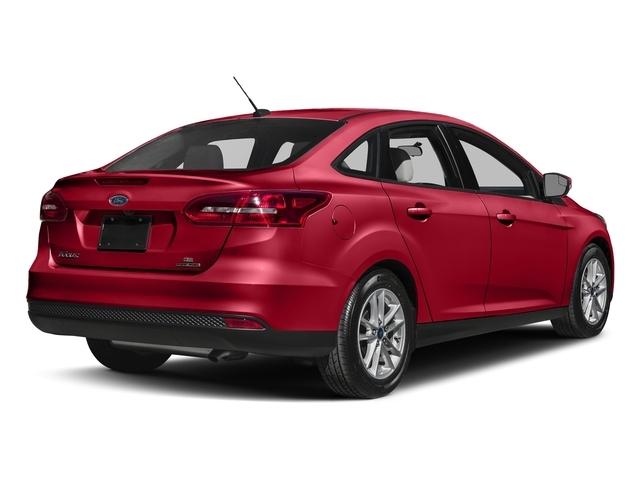 2018 Ford Focus SE Sedan - 17290615 - 2
