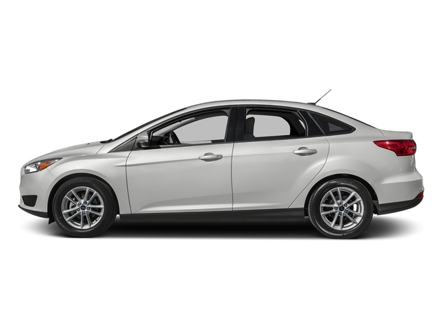 2018 Ford Focus SE Sedan - 17113634 - 0