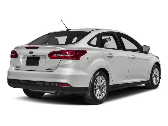 2018 Ford Focus SE Sedan - 17305455 - 2
