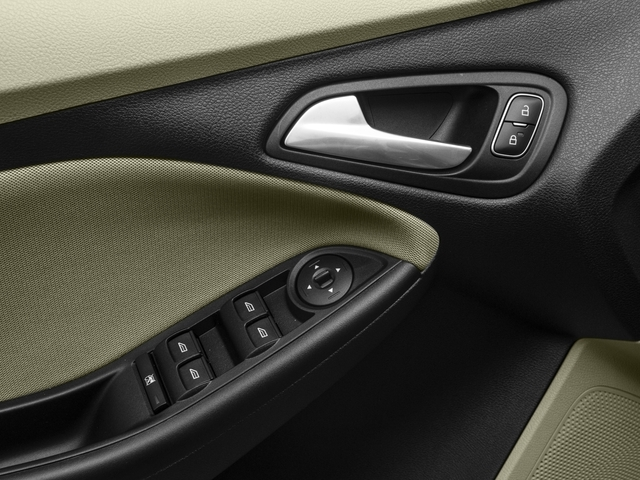 2018 Ford Focus SE Sedan - 17201798 - 17