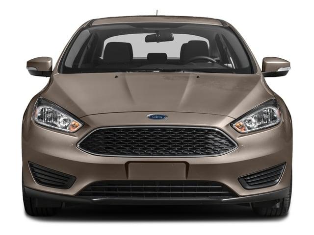 2018 Ford Focus SE Sedan - 17107486 - 3