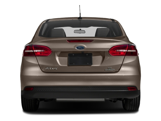 2018 Ford Focus SE Sedan - 17005151 - 4