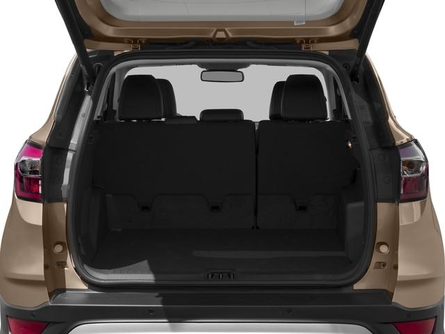 2018 Ford Escape Titanium 4WD - 17444681 - 10